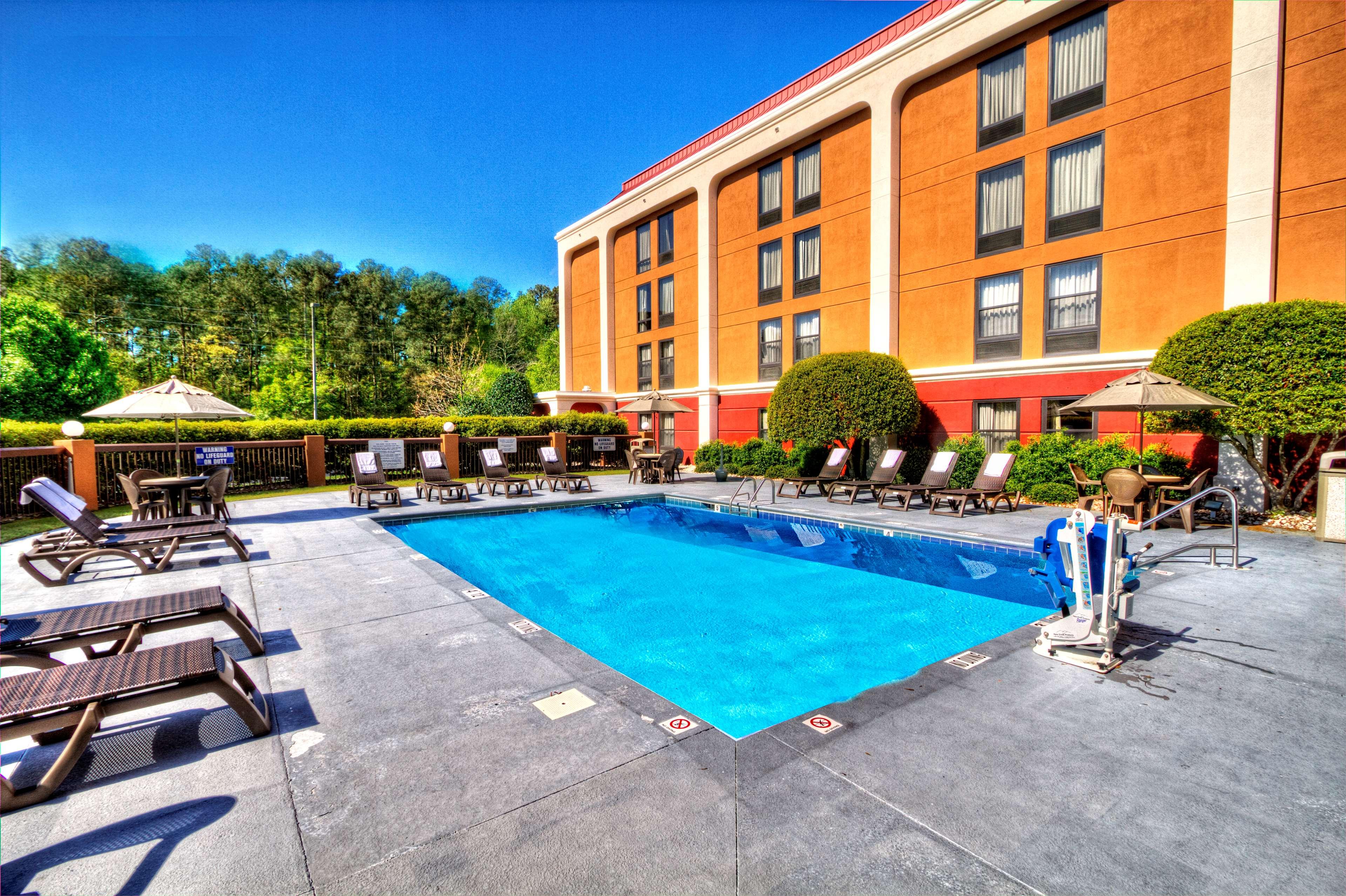 Hampton Inn Goldsboro image 7