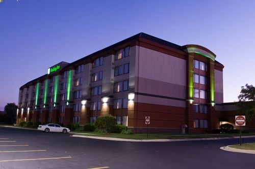 Holiday Inn Chicago West-Itasca image 2