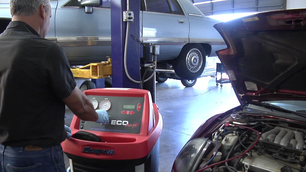 Mustang Auto Repair & Rv Storage image 3