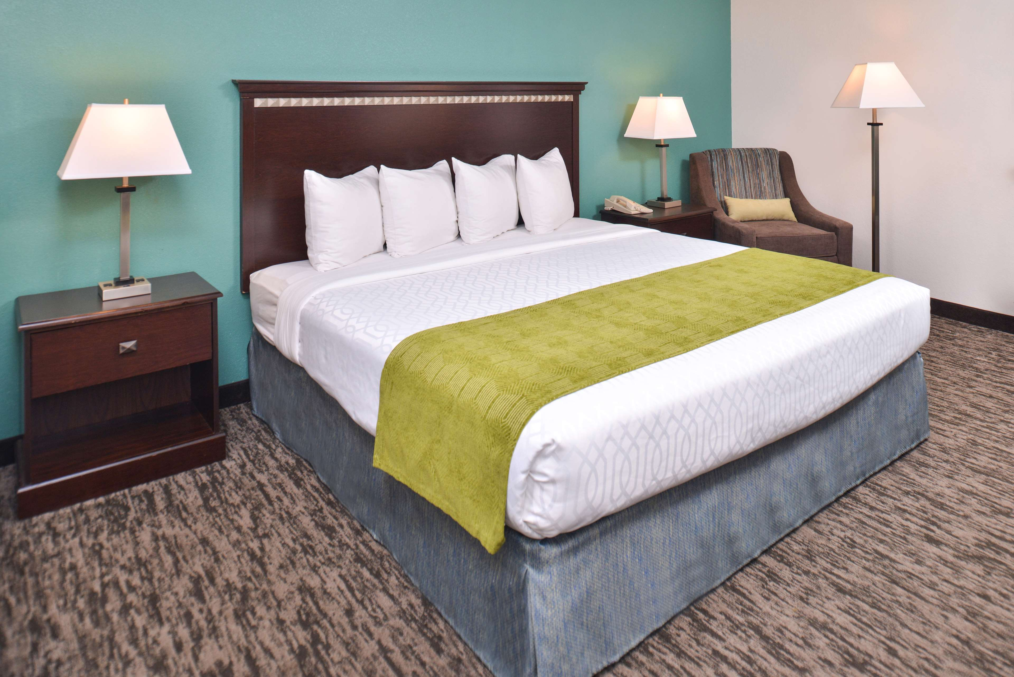 Best Western Plus Chicagoland - Countryside image 31