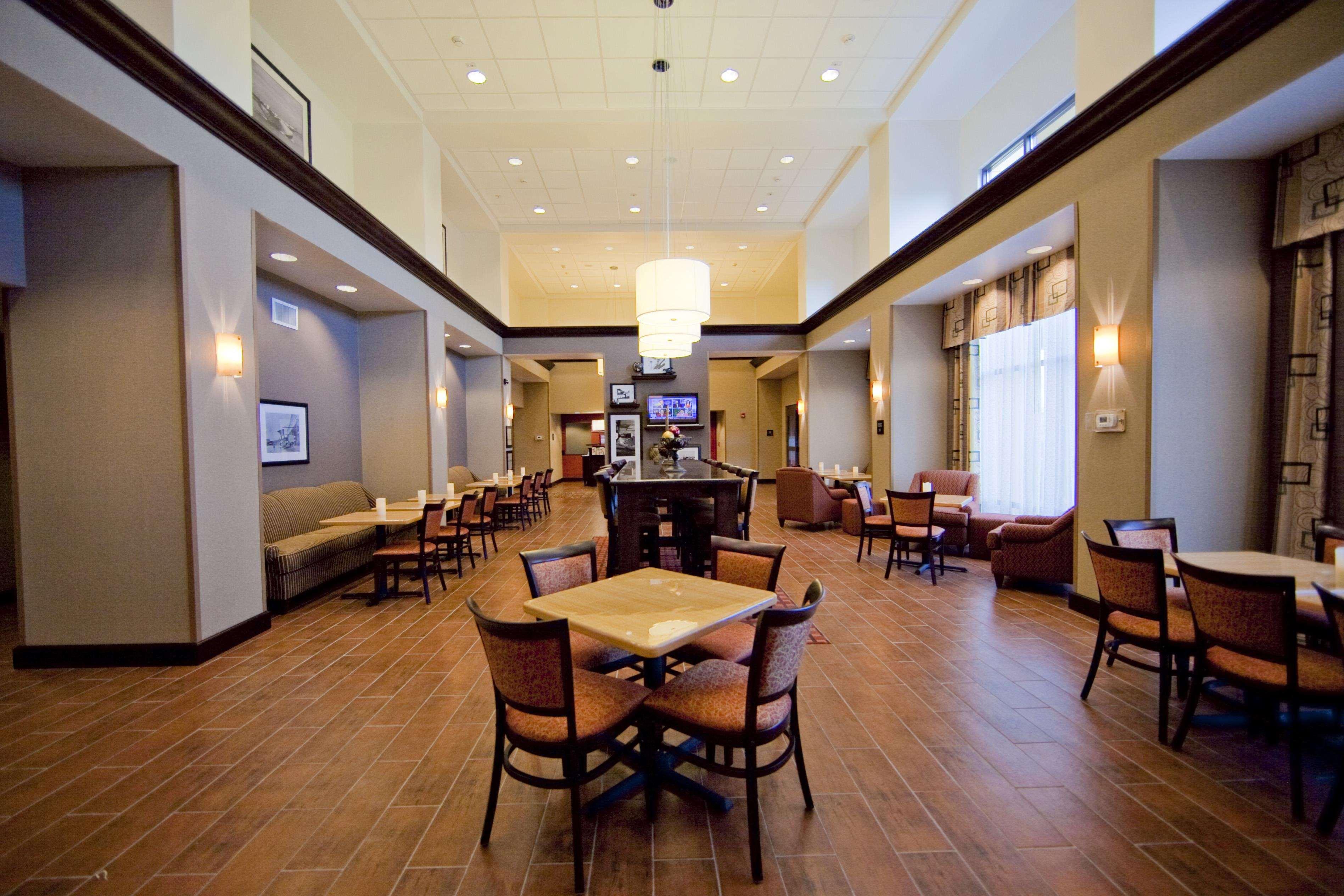 Hampton Inn & Suites Seattle/Kent,WA