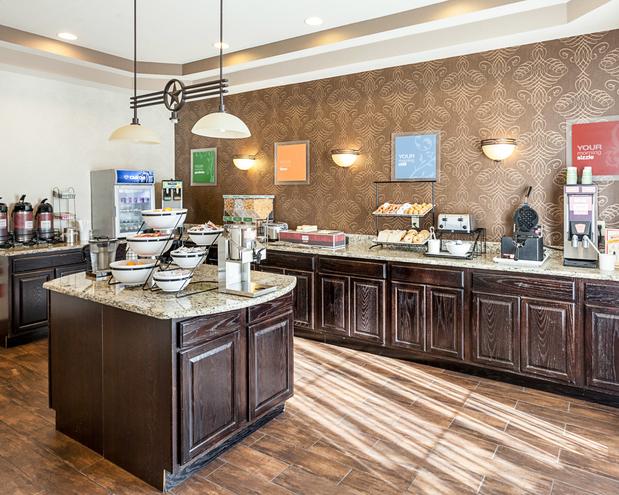 Comfort Inn Near Seaworld In San Antonio Tx 78245