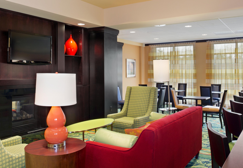 Fairfield Inn & Suites by Marriott Tacoma Puyallup image 8