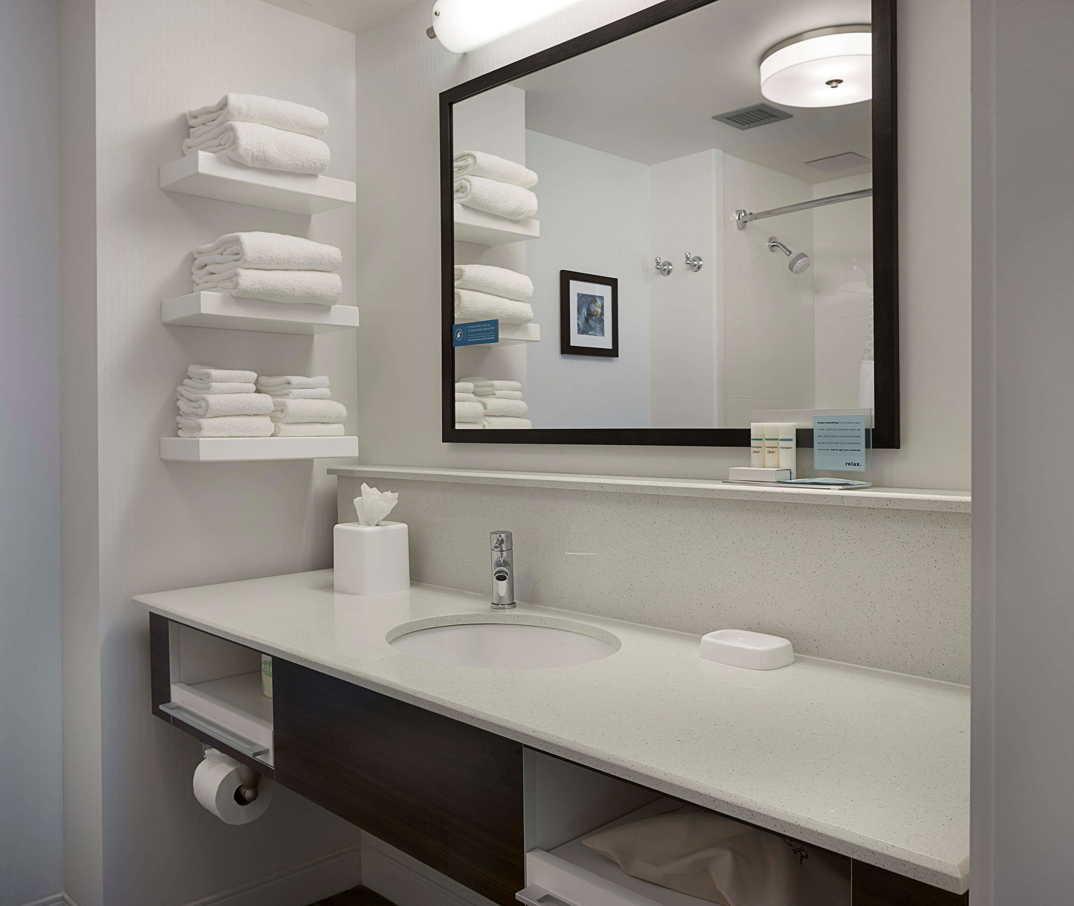 Hampton Inn & Suites Charlotte/Pineville image 18
