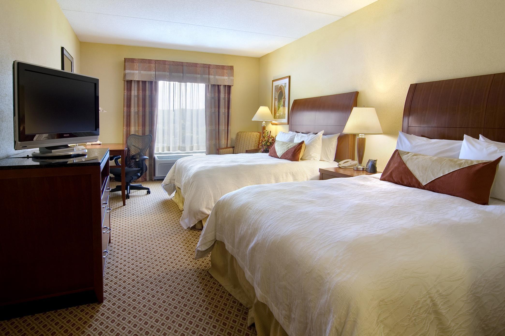 Hilton Garden Inn Clarksburg image 11