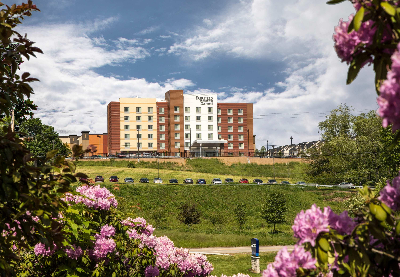 Fairfield Inn & Suites by Marriott Pittsburgh North/McCandless Crossing image 0
