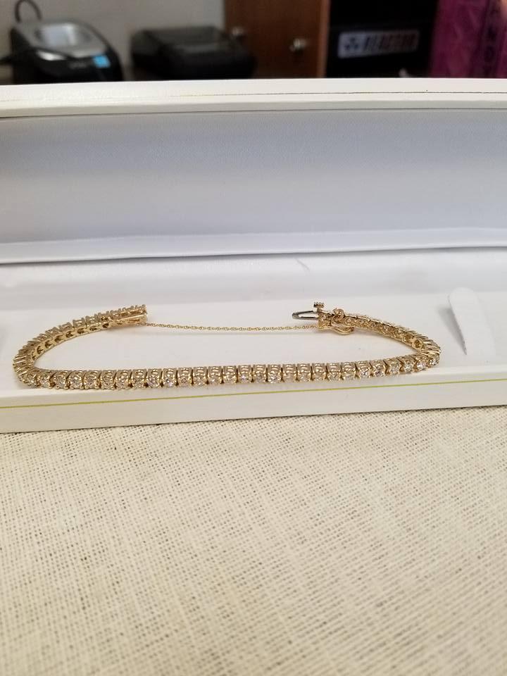 Rudy's Watch & Jewelry Repair image 9