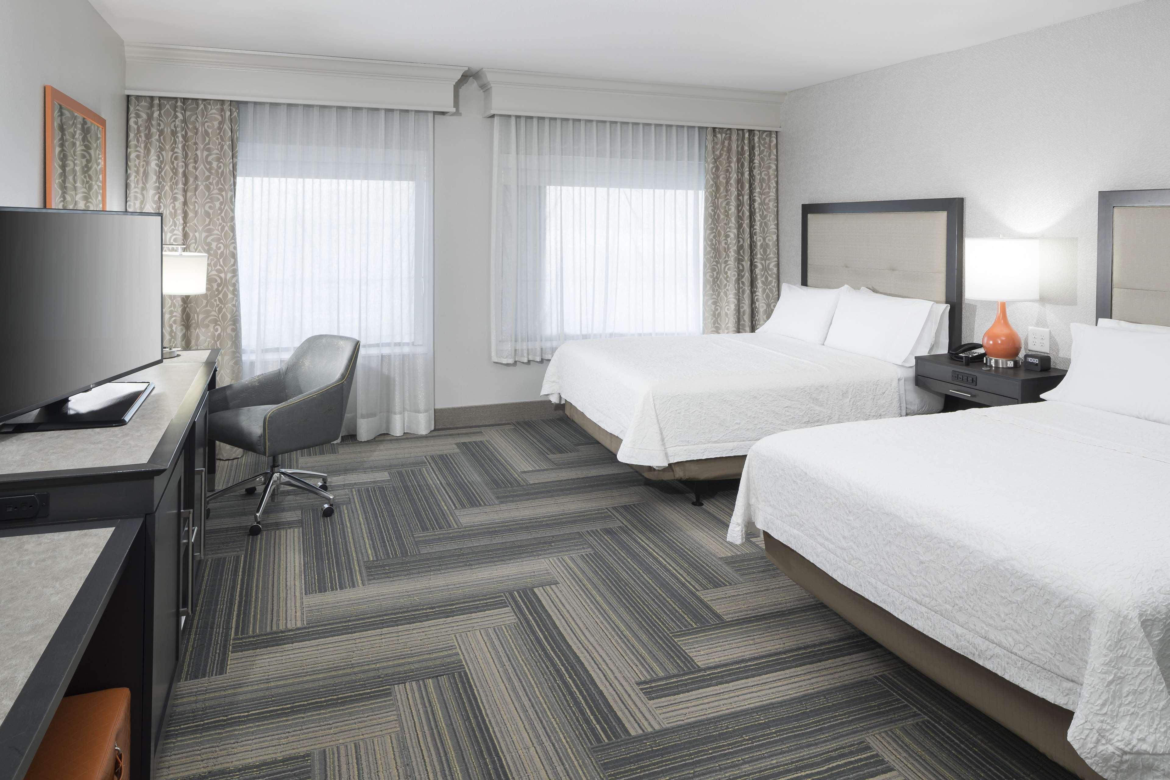 Hampton Inn & Suites by Hilton Atlanta Perimeter Dunwoody image 25