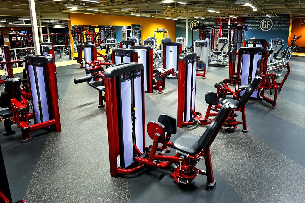 Club Fitness image 6