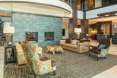 Sheraton Mesa Hotel at Wrigleyville West image 1