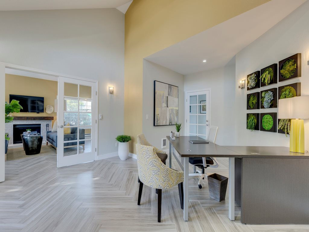 Saratoga Apartments image 0