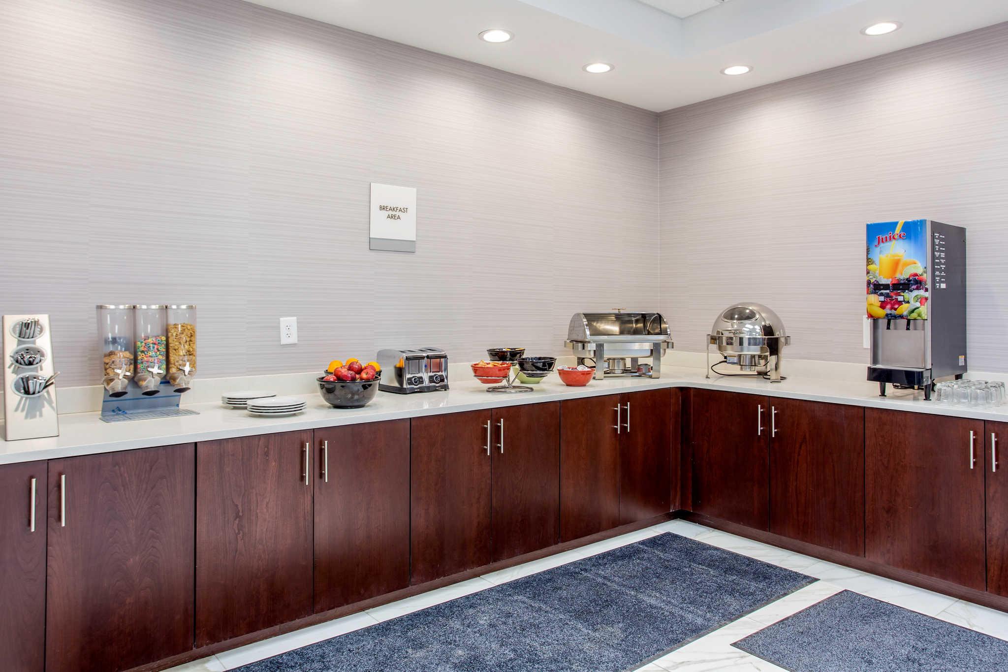 Clarion Inn & Suites image 23