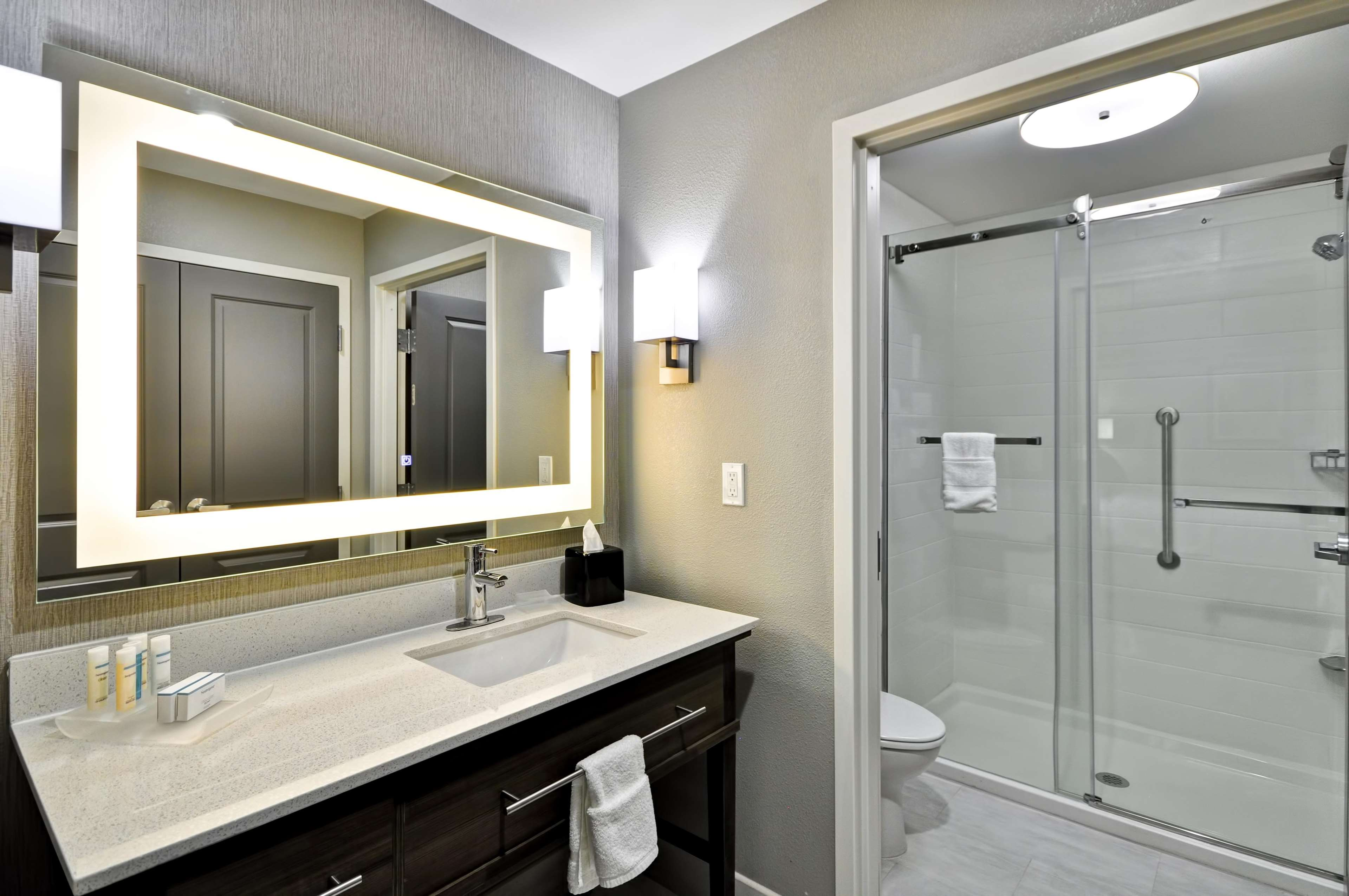 Homewood Suites by Hilton Tyler image 16