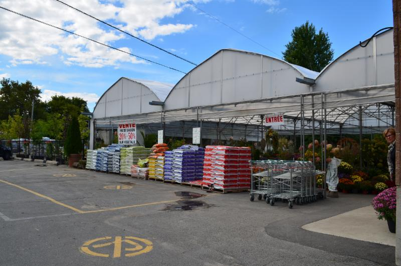 Pierrefonds Nursery à Roxboro