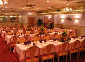 Tiki Island Restaurant image 0