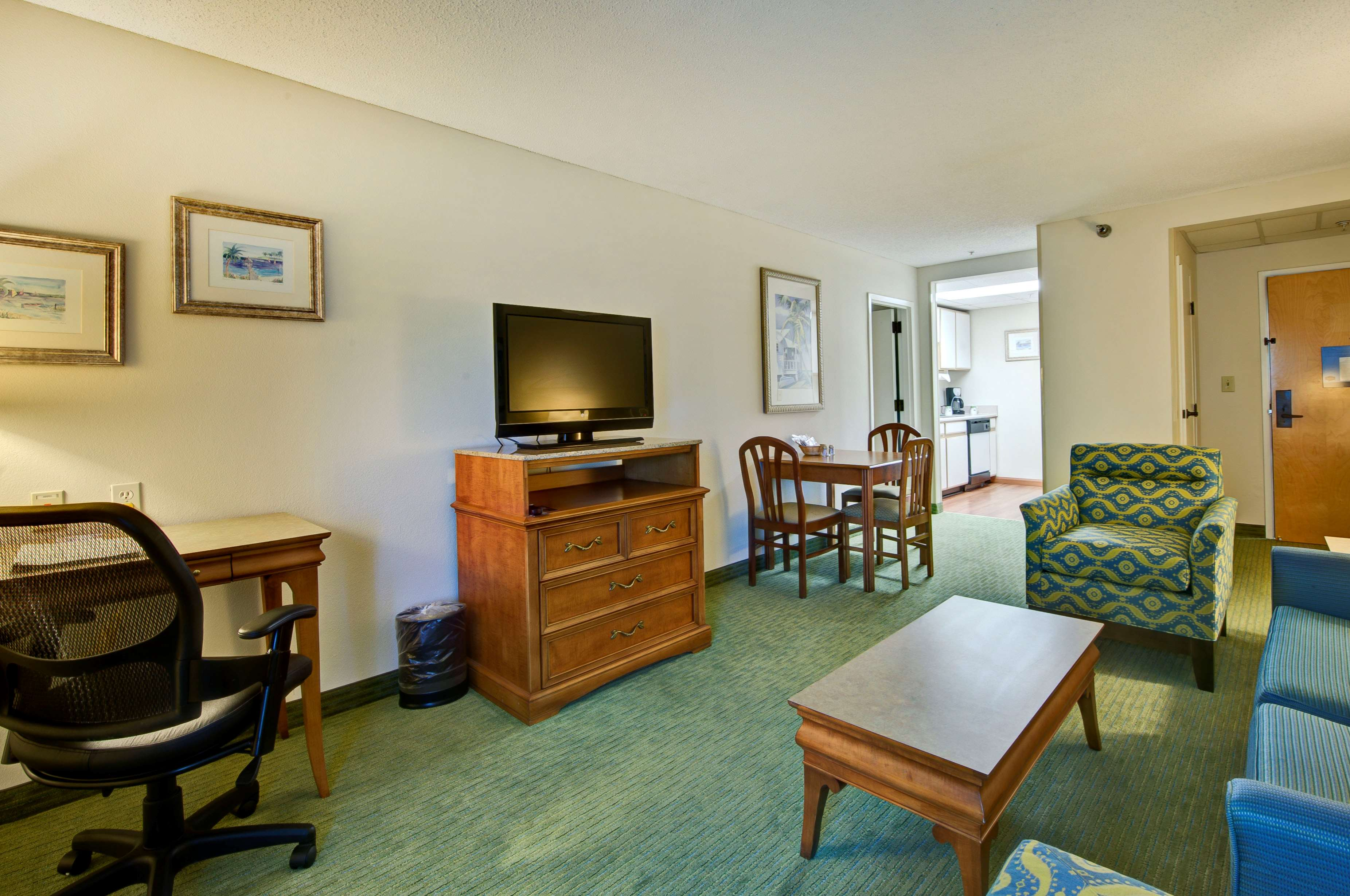 Hampton Inn & Suites Wilmington/Wrightsville Beach image 33