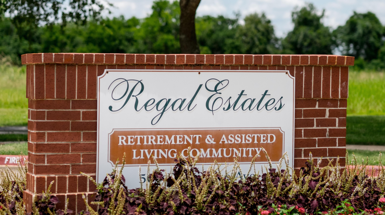 Regal Estates of League City image 13