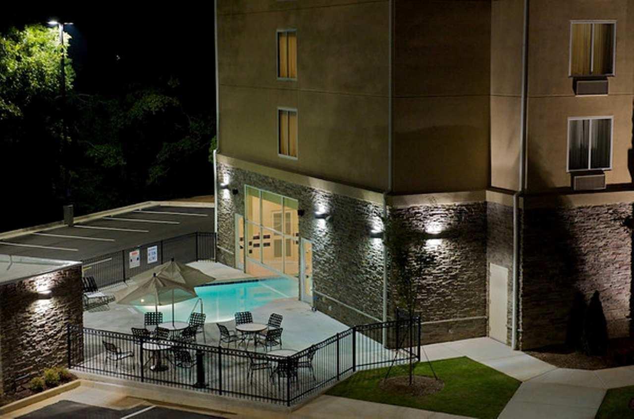 Hilton Garden Inn Gainesville image 7