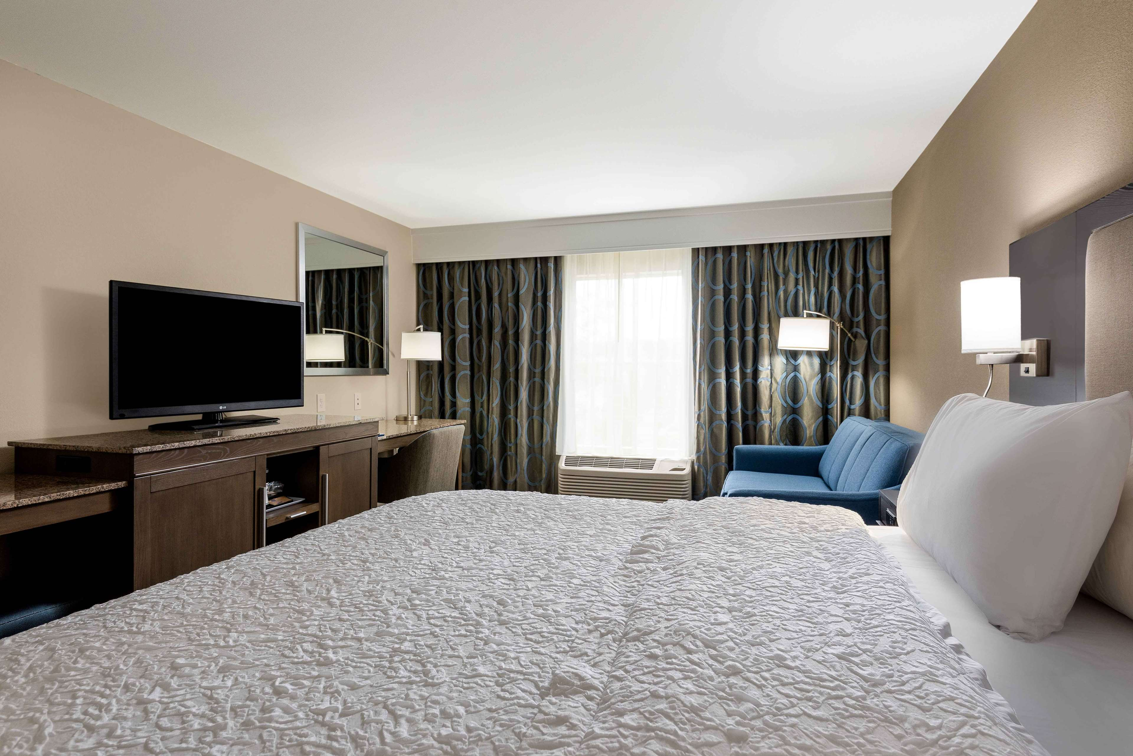 Hampton Inn & Suites Chapel Hill/Durham, Area image 13
