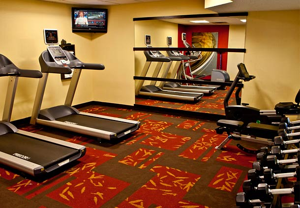 Courtyard by Marriott Champaign image 12