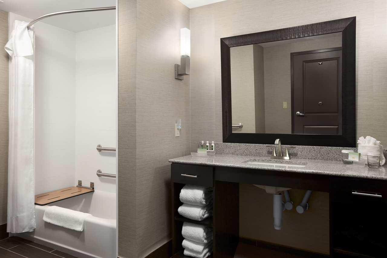 Homewood Suites by Hilton Columbus/OSU, OH image 10