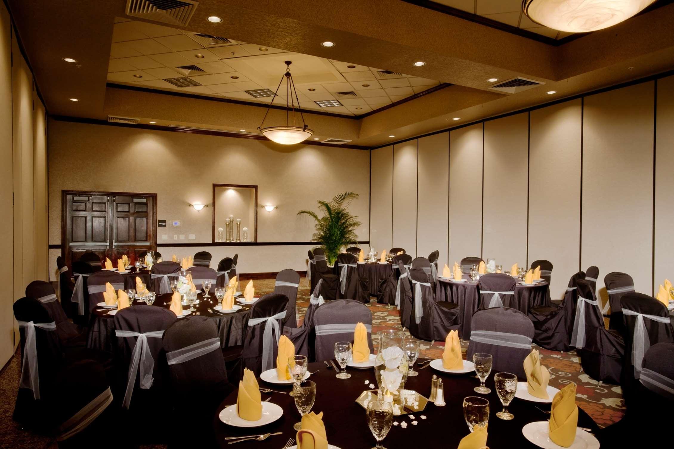 Hampton Inn & Suites Salt Lake City Airport image 23