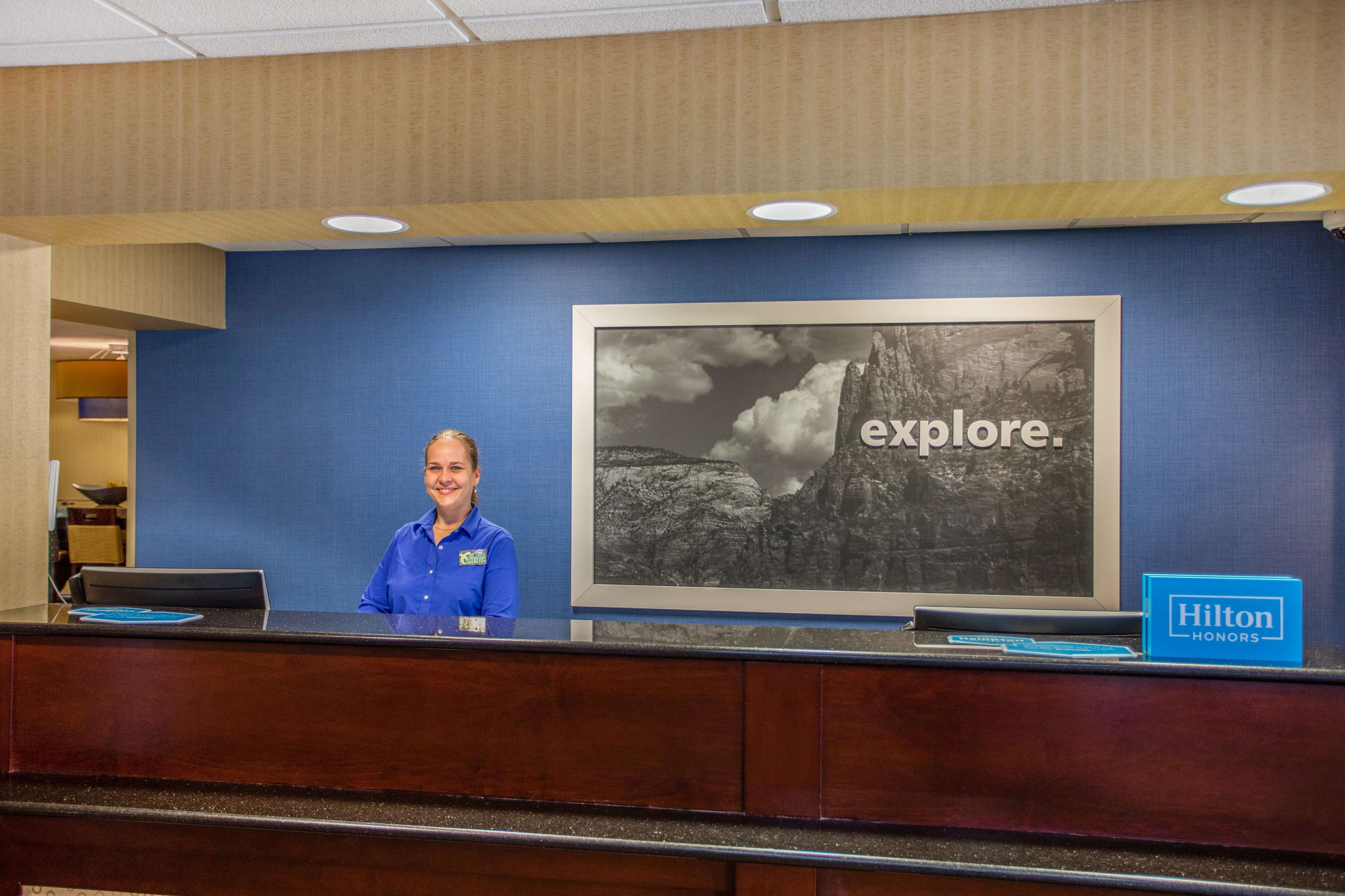 Hampton Inn Fishkill image 7