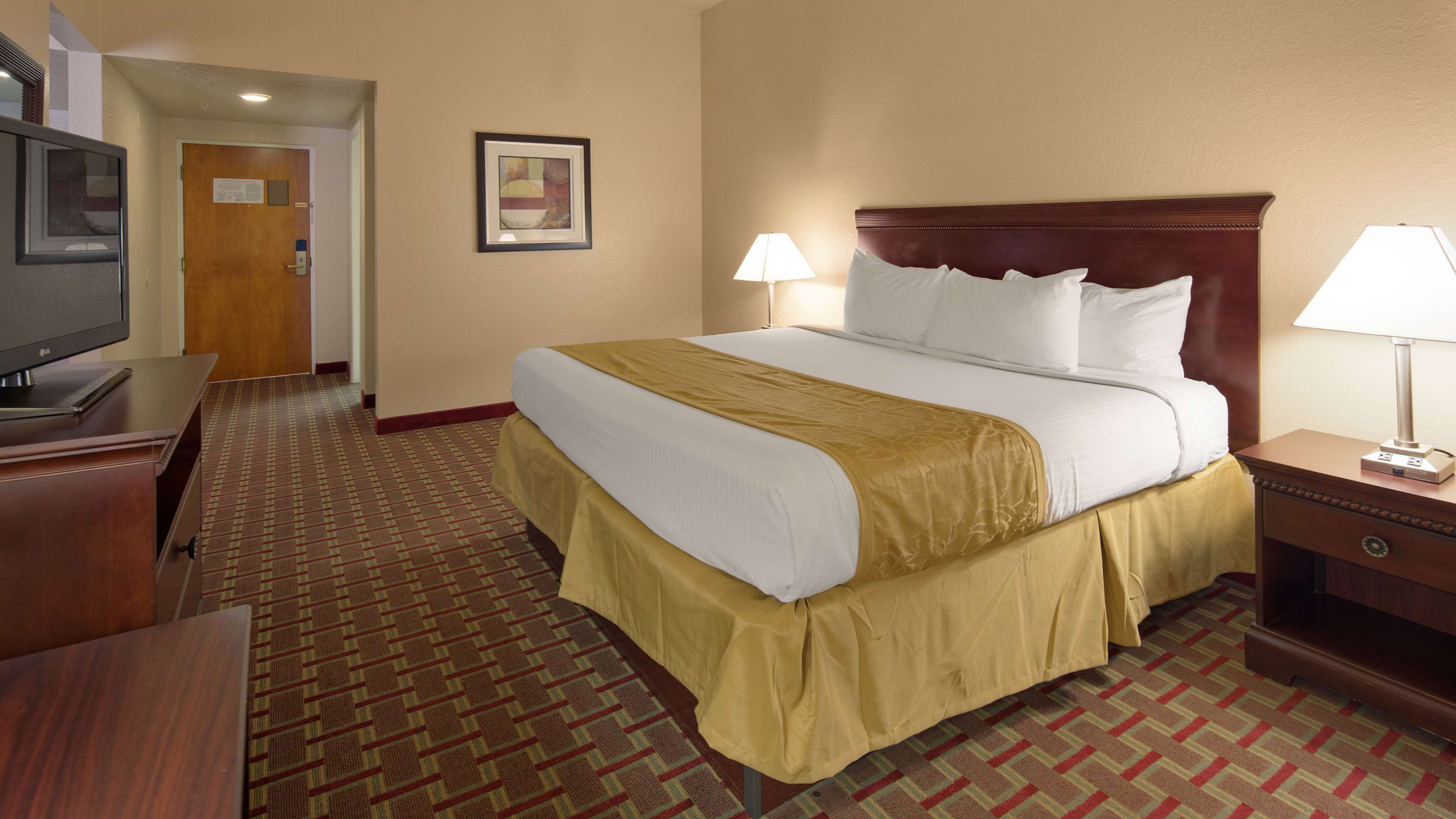 Best Western Tampa image 10