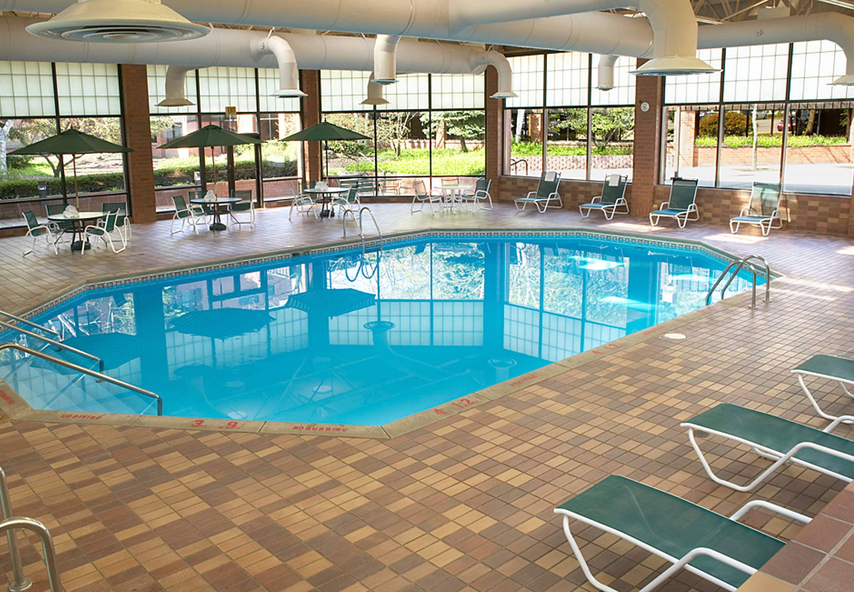 Delta Hotels by Marriott Racine image 2