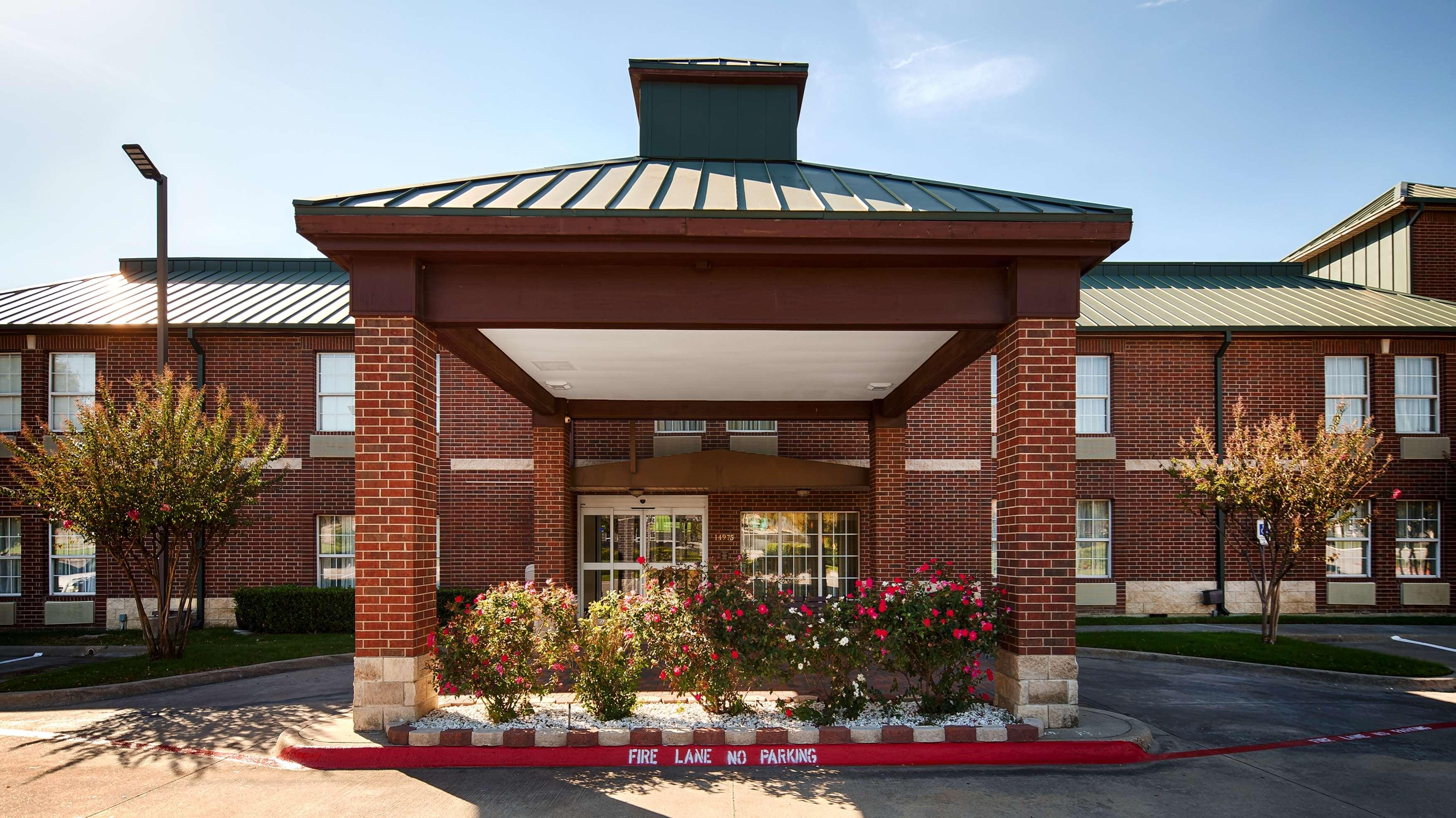 Best Western Plus Addison/Dallas Hotel image 0