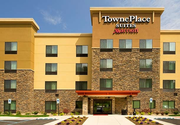 TownePlace Suites by Marriott Laredo image 0
