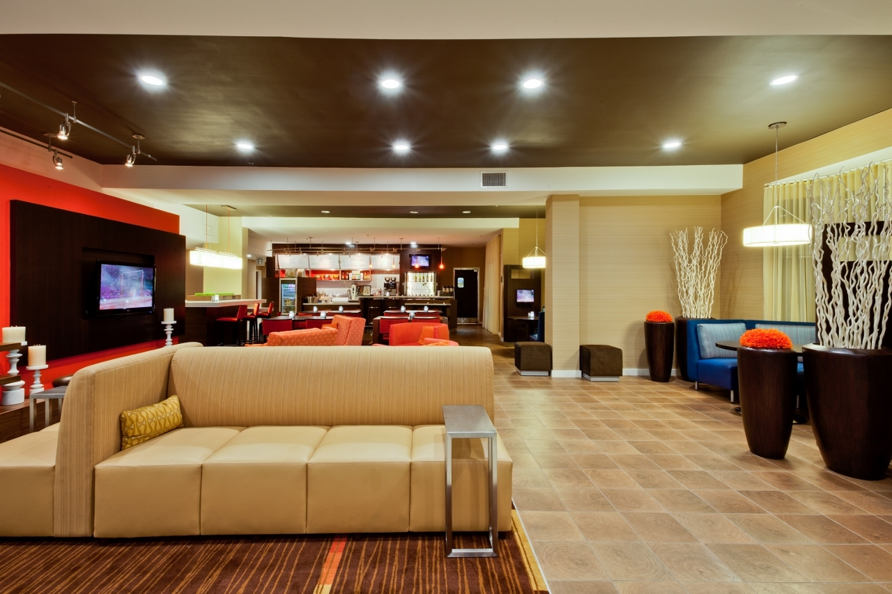 Courtyard By Marriott Tampa Brandon 10152 Palm River Road Tampa Fl