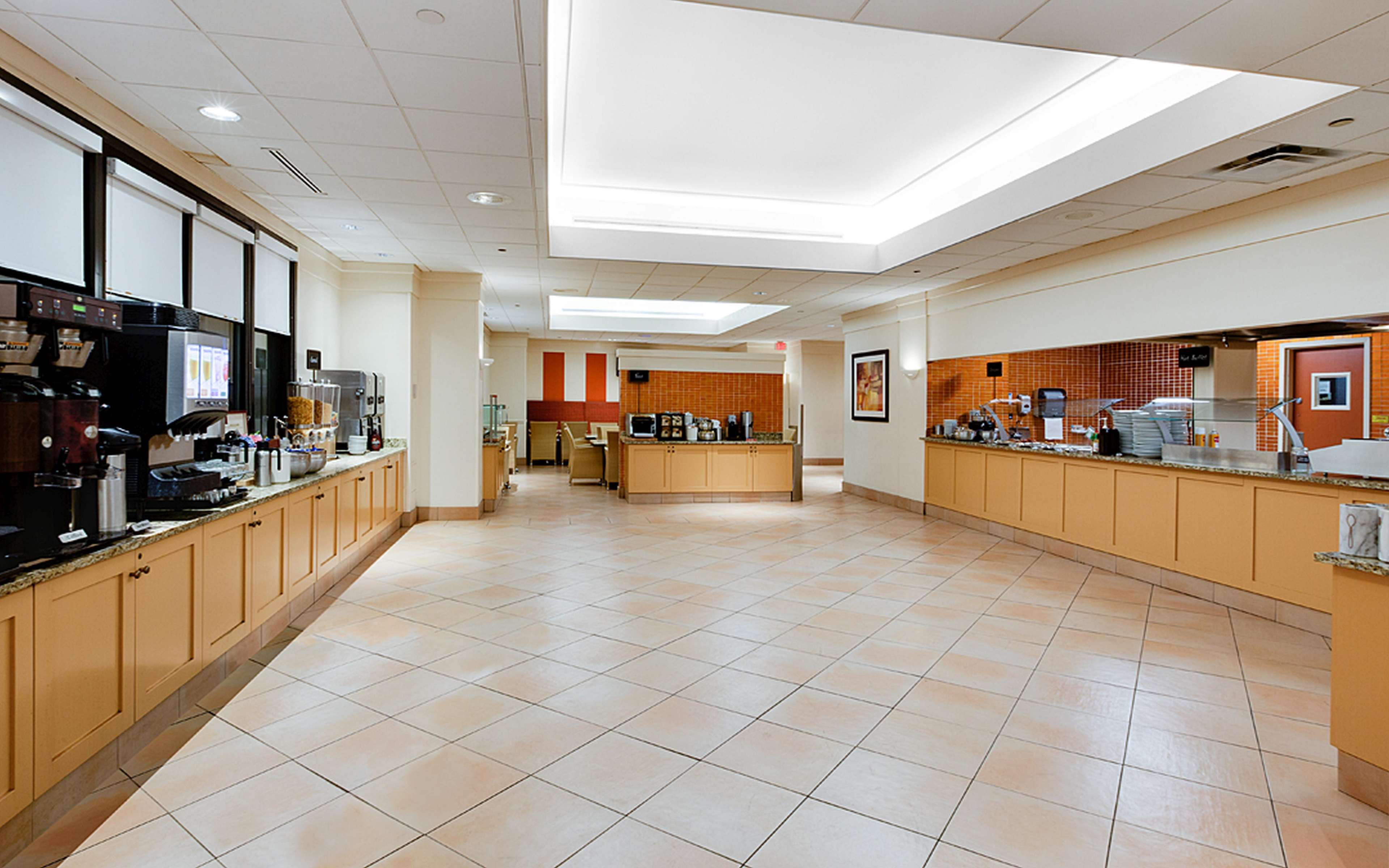 Embassy Suites by Hilton Tampa Airport Westshore image 11
