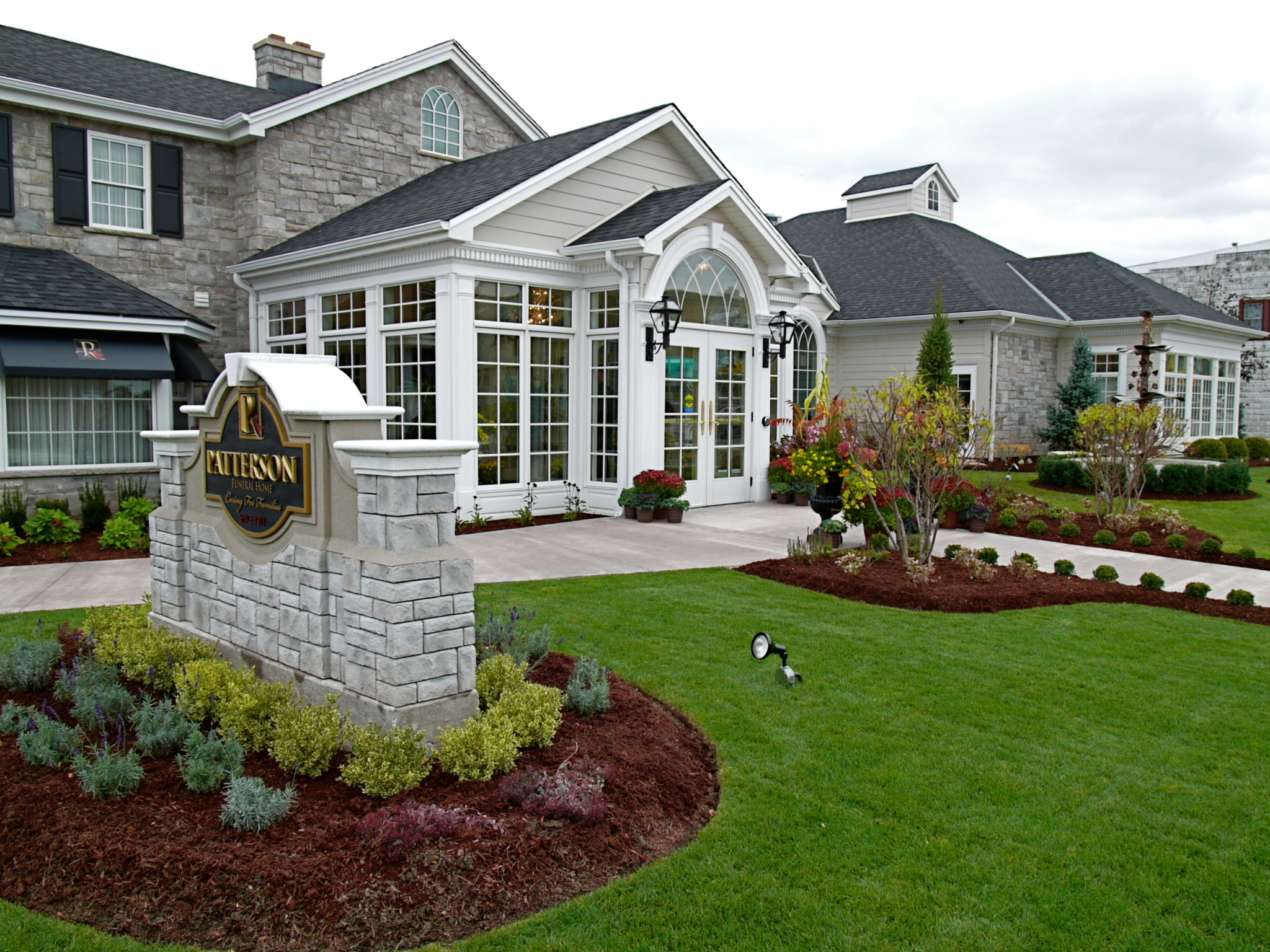 Patterson Funeral Home in Niagara Falls