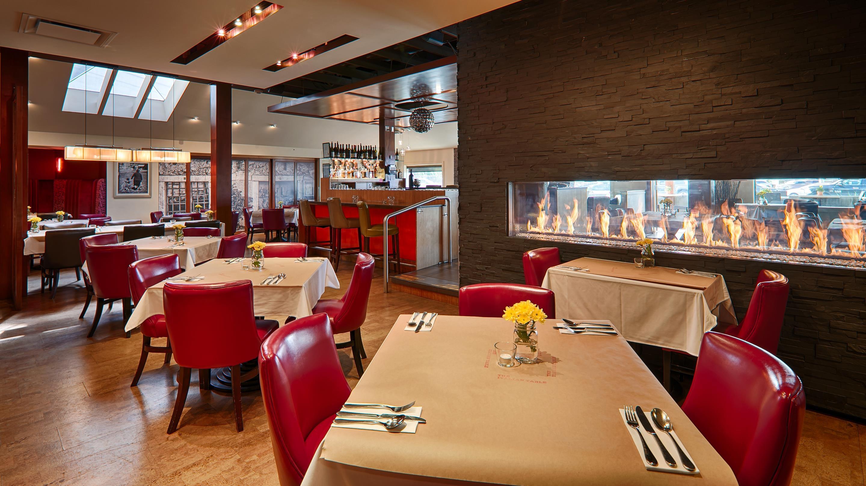 Best Western Plus Kelowna Hotel & Suites in Kelowna: Onsite Restaurant