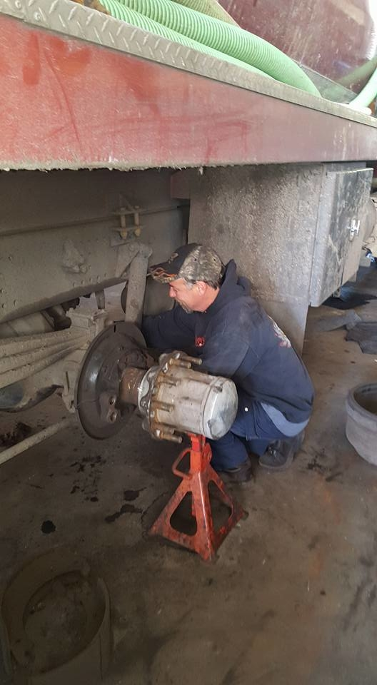 Melvin's Auto & Truck Repair image 5
