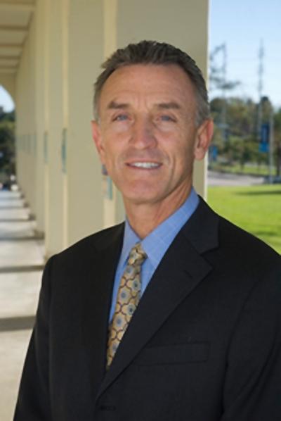 Murphy SportsMedicine Center: Paul C. Murphy, MD