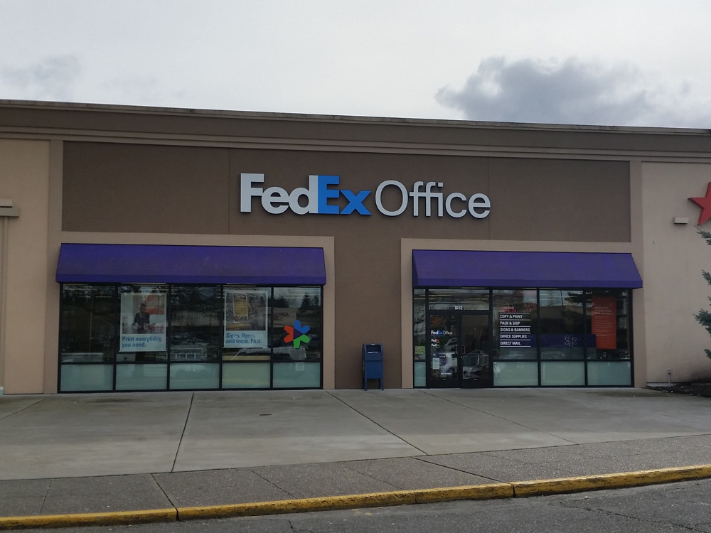 FedEx Office Print & Ship Center image 3