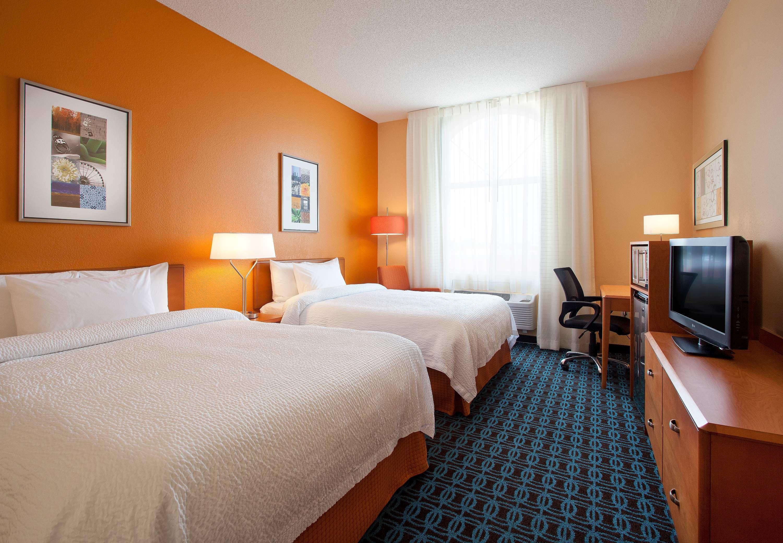 Fairfield Inn & Suites by Marriott Phoenix North image 8