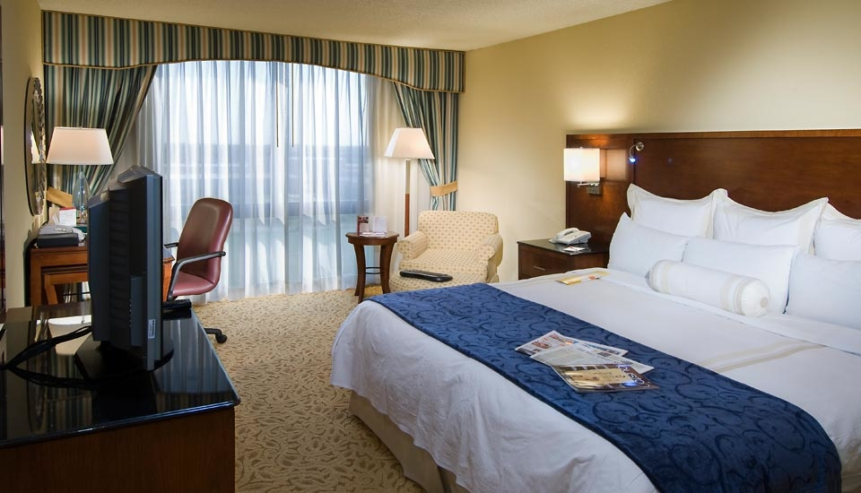 Houston Marriott South at Hobby Airport image 0
