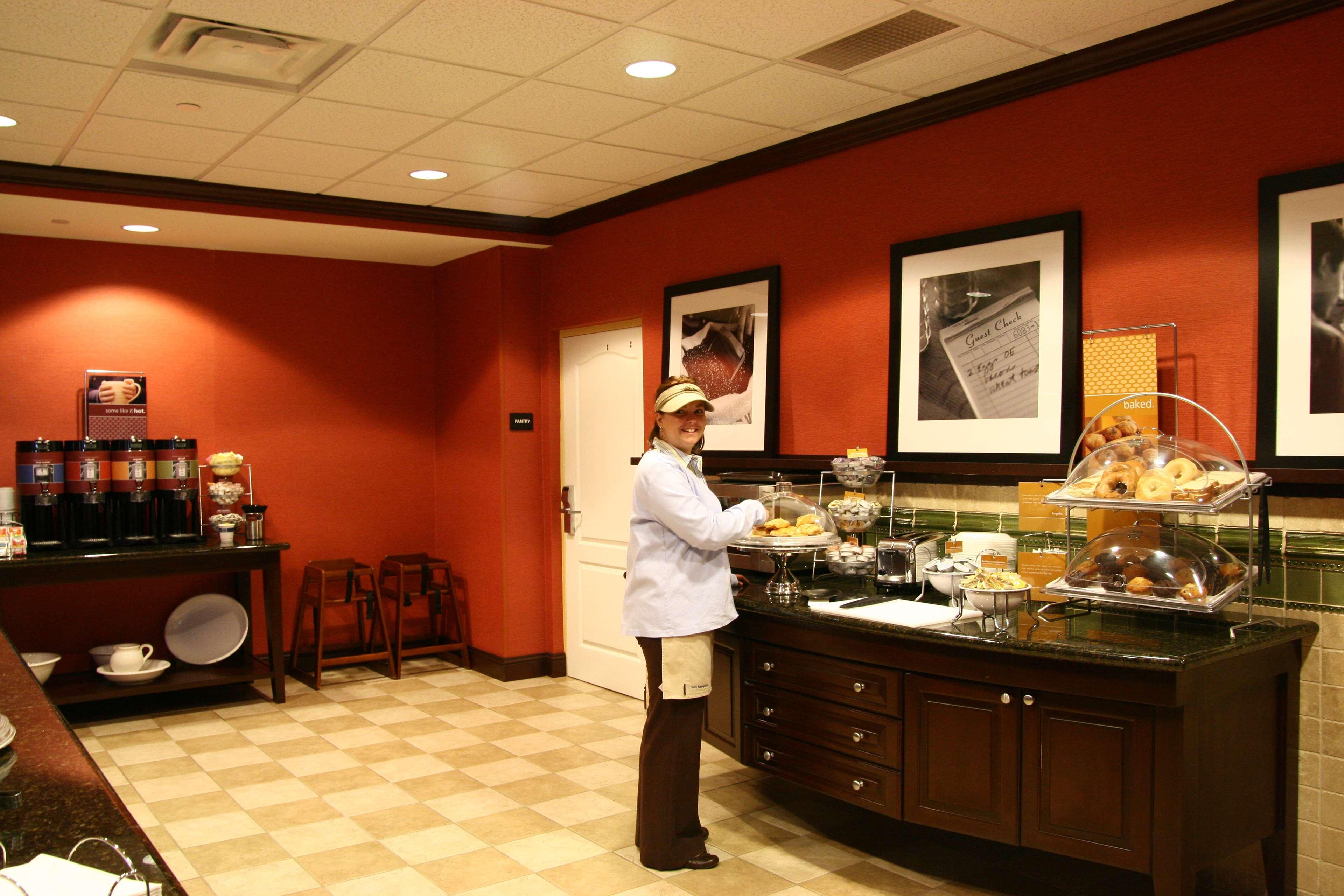 Hampton Inn & Suites Tampa-Wesley Chapel image 15