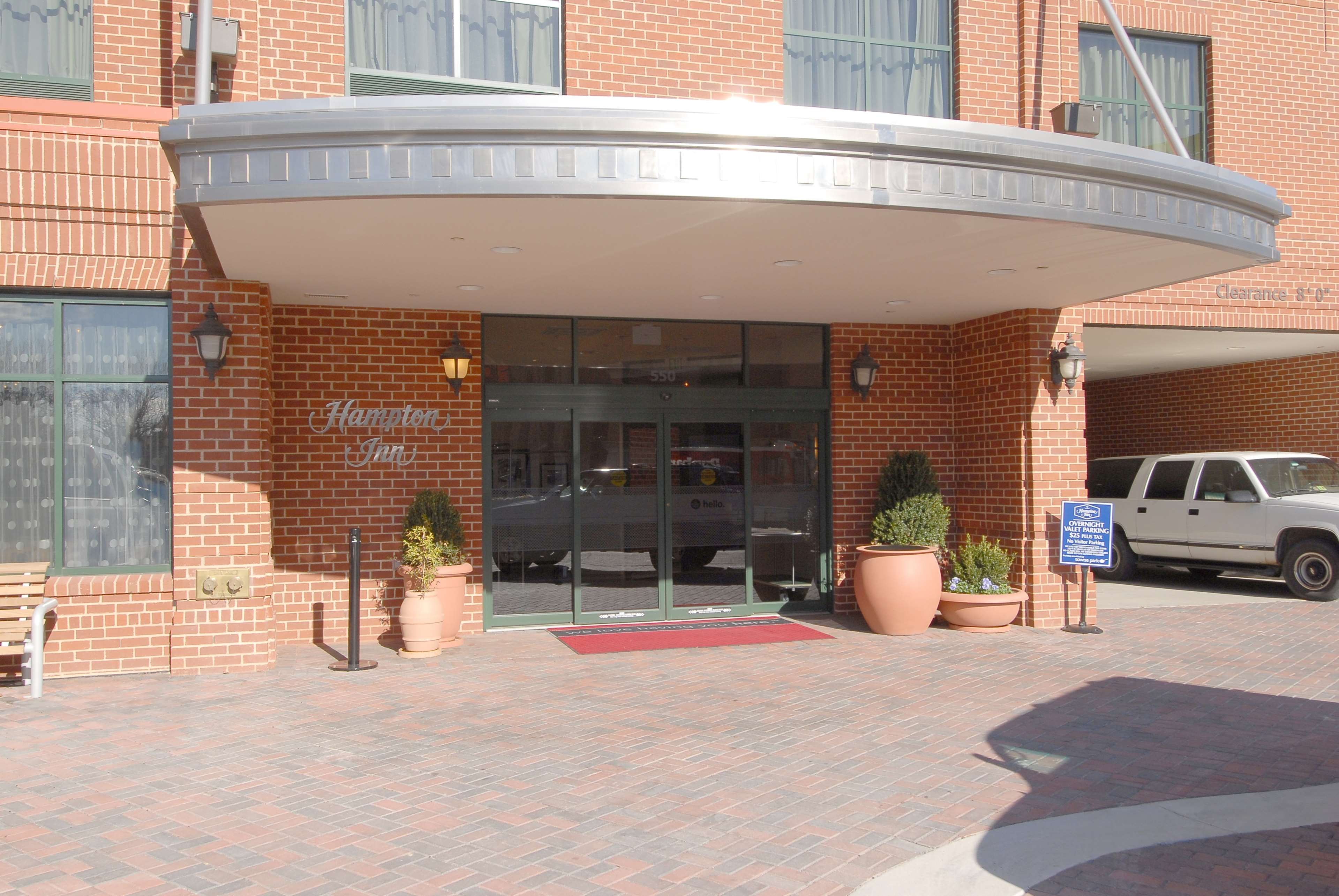 Hampton Inn Baltimore-Downtown-Convention Center image 2