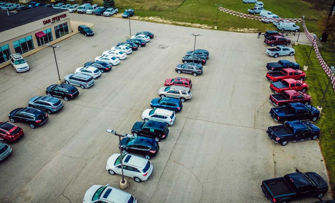 Dan Pfeiffer Used Cars & Quick Lane Tire & Auto Center image 2
