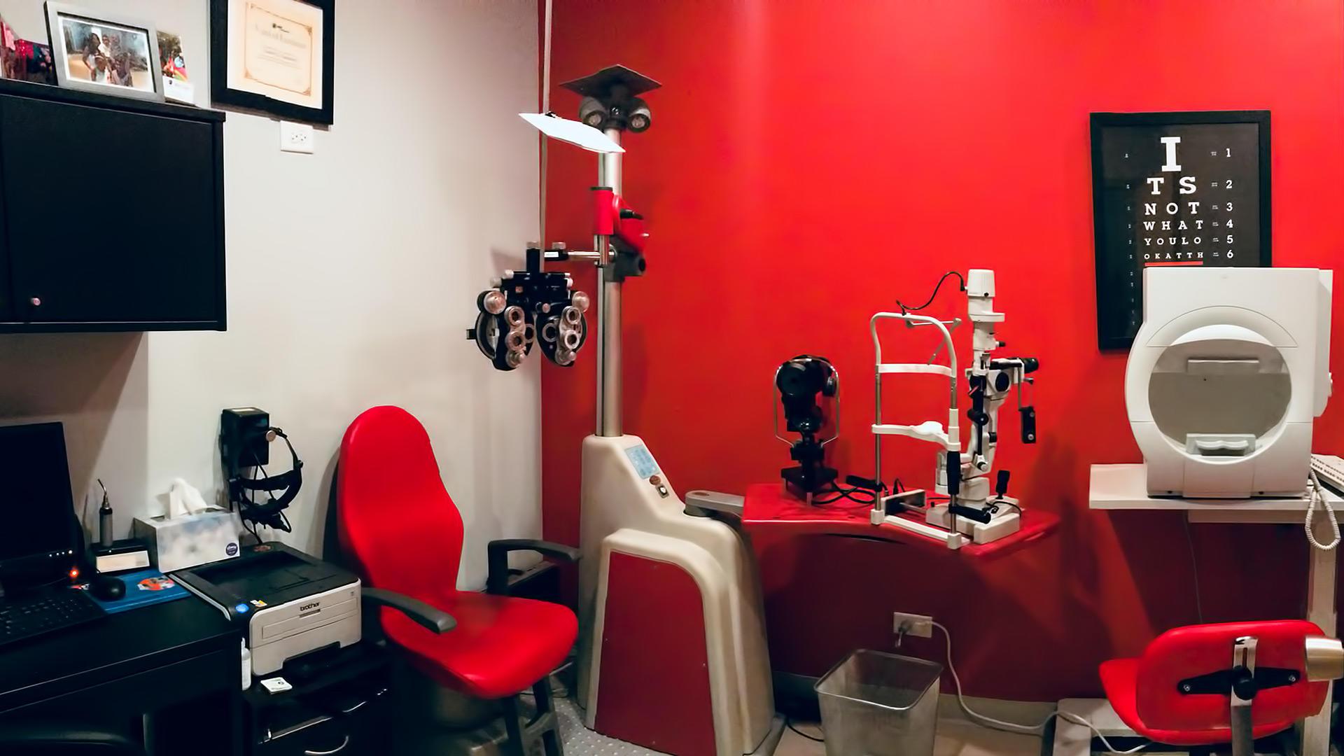 Grand Eye Care image 2
