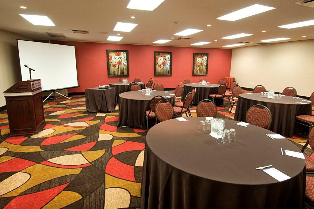 Best Western Plus Hotel Universel Drummondville à Drummondville: Meeting Room Van Gogh