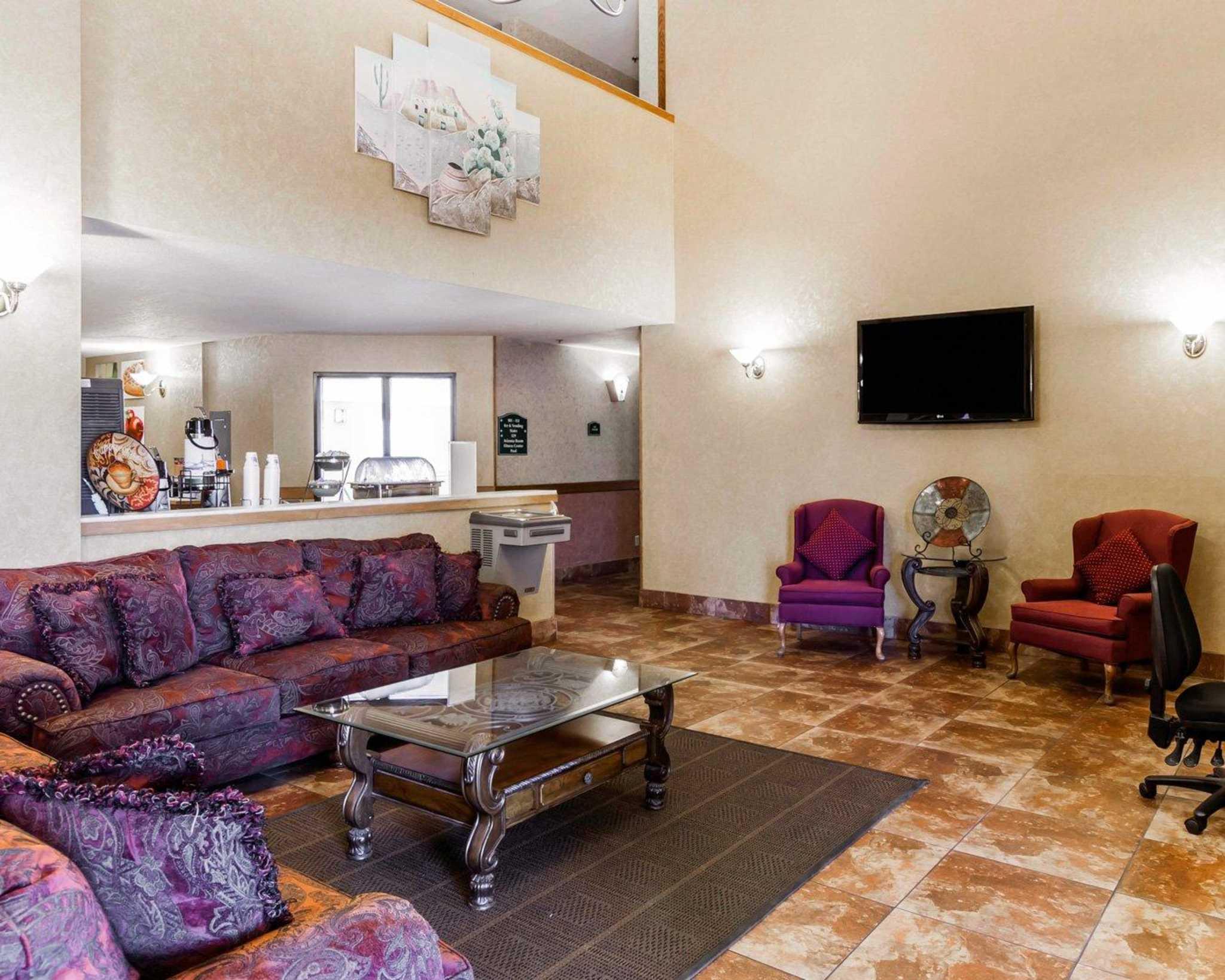 Quality Inn & Suites Surprise Near Sun City West image 21