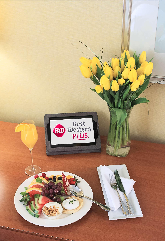 Best Western Plus Gatineau-Ottawa à Gatineau: Breakfast from O'Laurier Restaurant