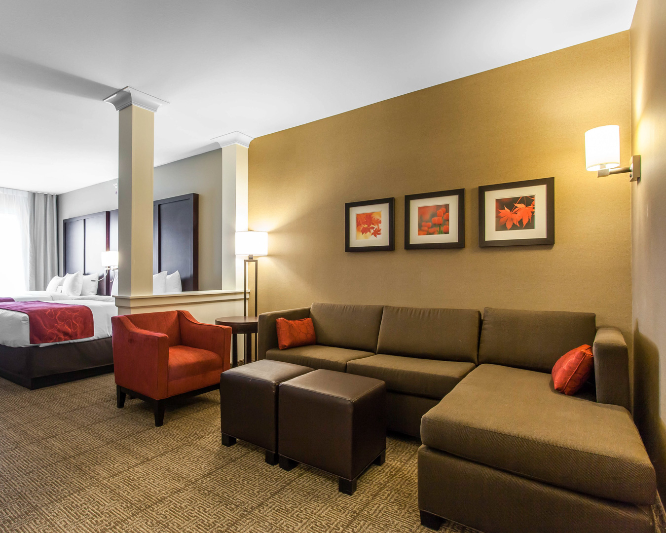 Comfort Suites Youngstown North image 10