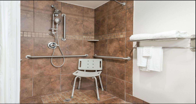 SureStay Plus Hotel by Best Western Lubbock Medical Center image 14