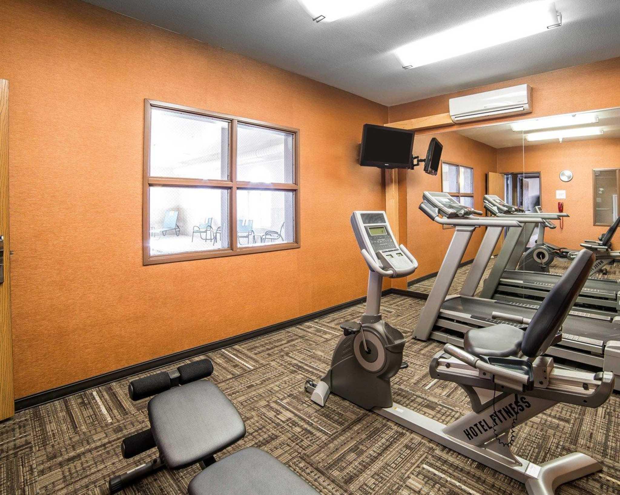Comfort Inn Evansville-Casper image 28